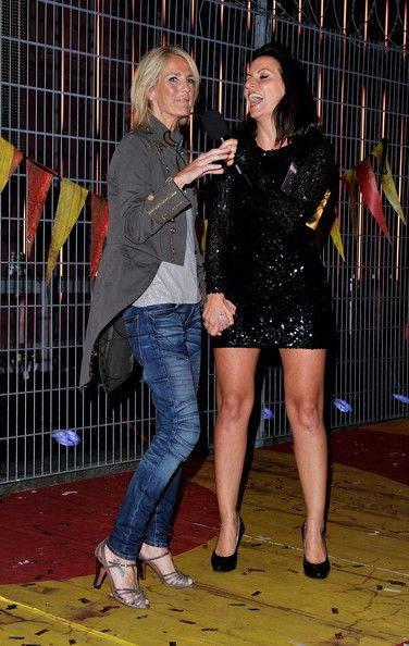 Davina McCall Photos Photos - Ulrika Jonsson (L) poses with Davina McCall as she enters the final Ultimate Big Brother 2010 House at Elstree Studios on August 24, 2010 in Borehamwood, England. - Big Brother 11 Final And Launch Of Ultimate Big Brother