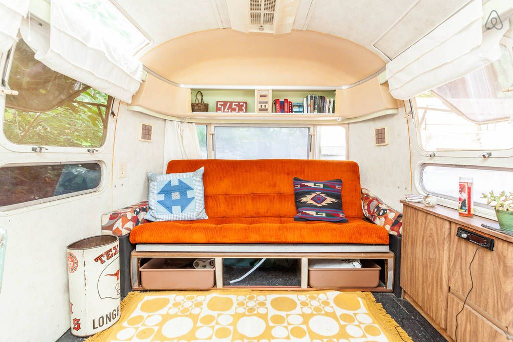 East Austin Airstream-Walk to 6th - Get $25 credit with Airbnb if you sign up with this link http://www.airbnb.com/c/groberts22