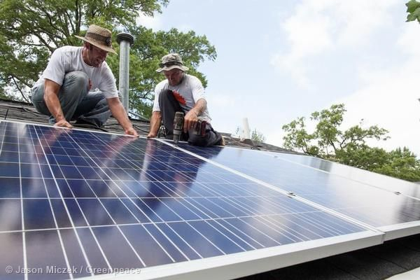 4 Signs The Renewable Energy Revolution Is Upon Us Renewable Energy Design Solar Energy Diy Solar Panels