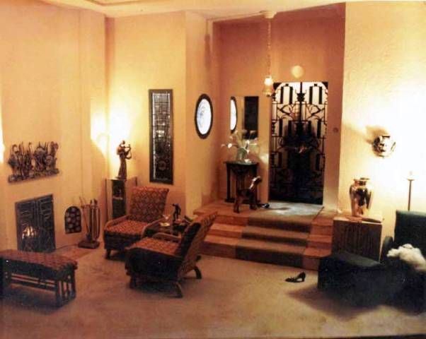 Art Deco Home Accessories Decor Can Make Your Living Room More Decorative To View