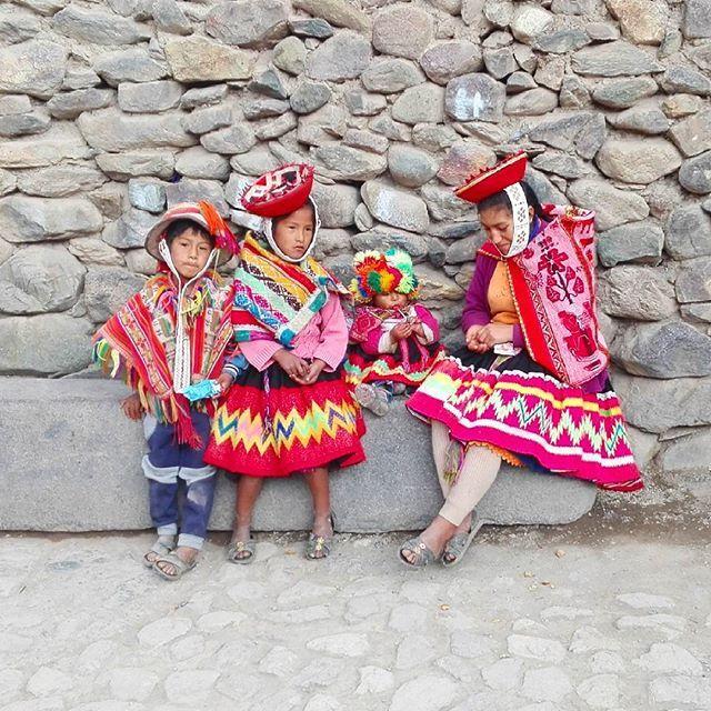 by jadabrazil: #perù #pisaq #travel #traveling #travelgram #instapassport #viajar #viaje #voyager #igertravel #igerstravellers #instaworld