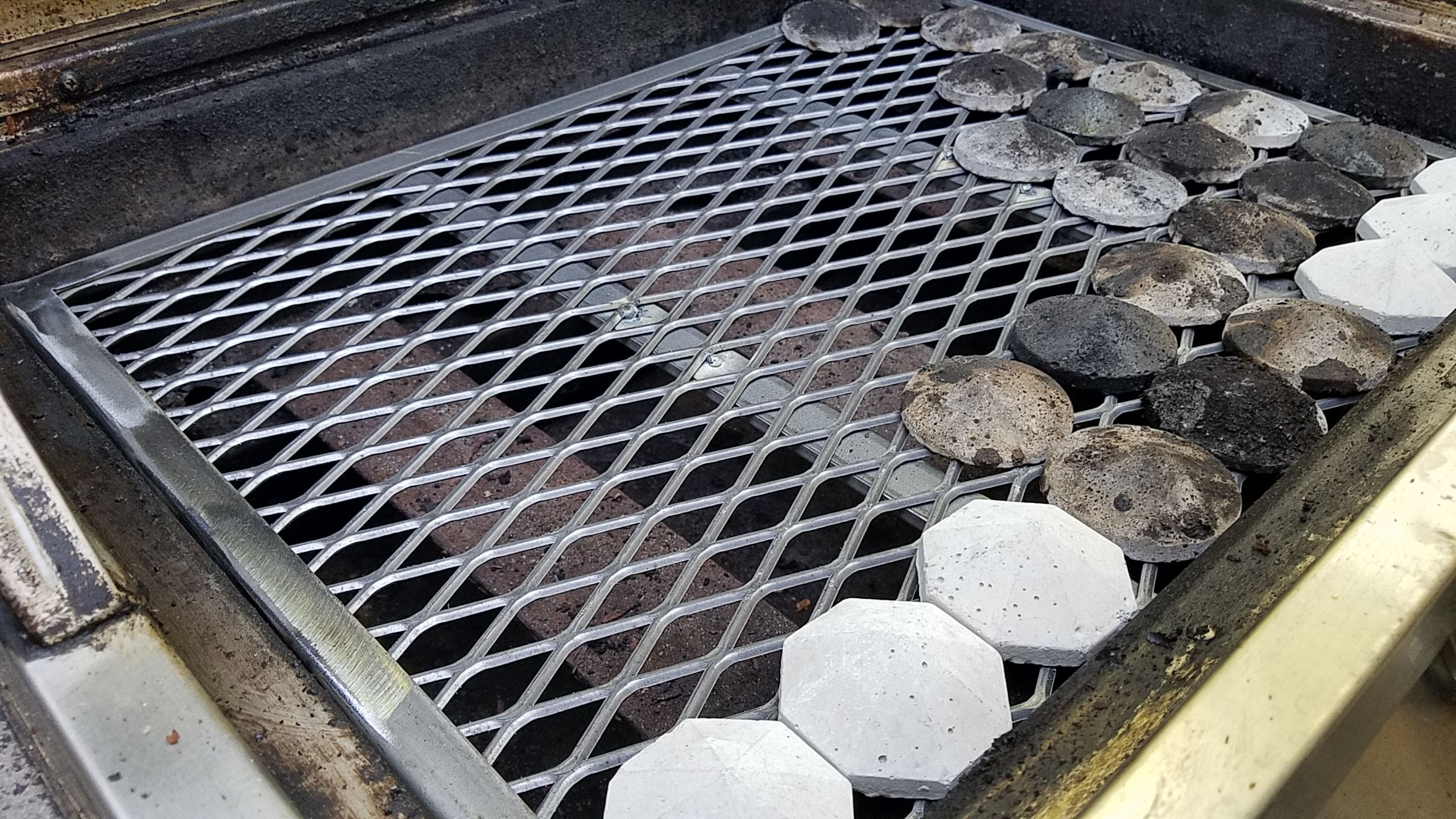 How To Clean Gas Grill Ceramic Briquettes