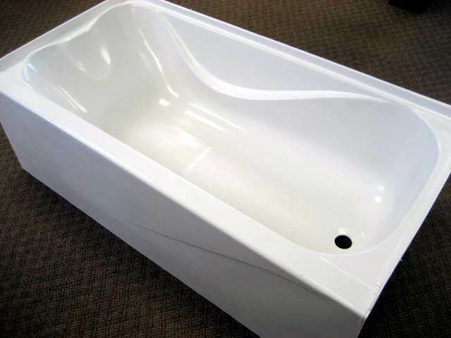 Mobile Home Fiberglass Bathtub 27x54.