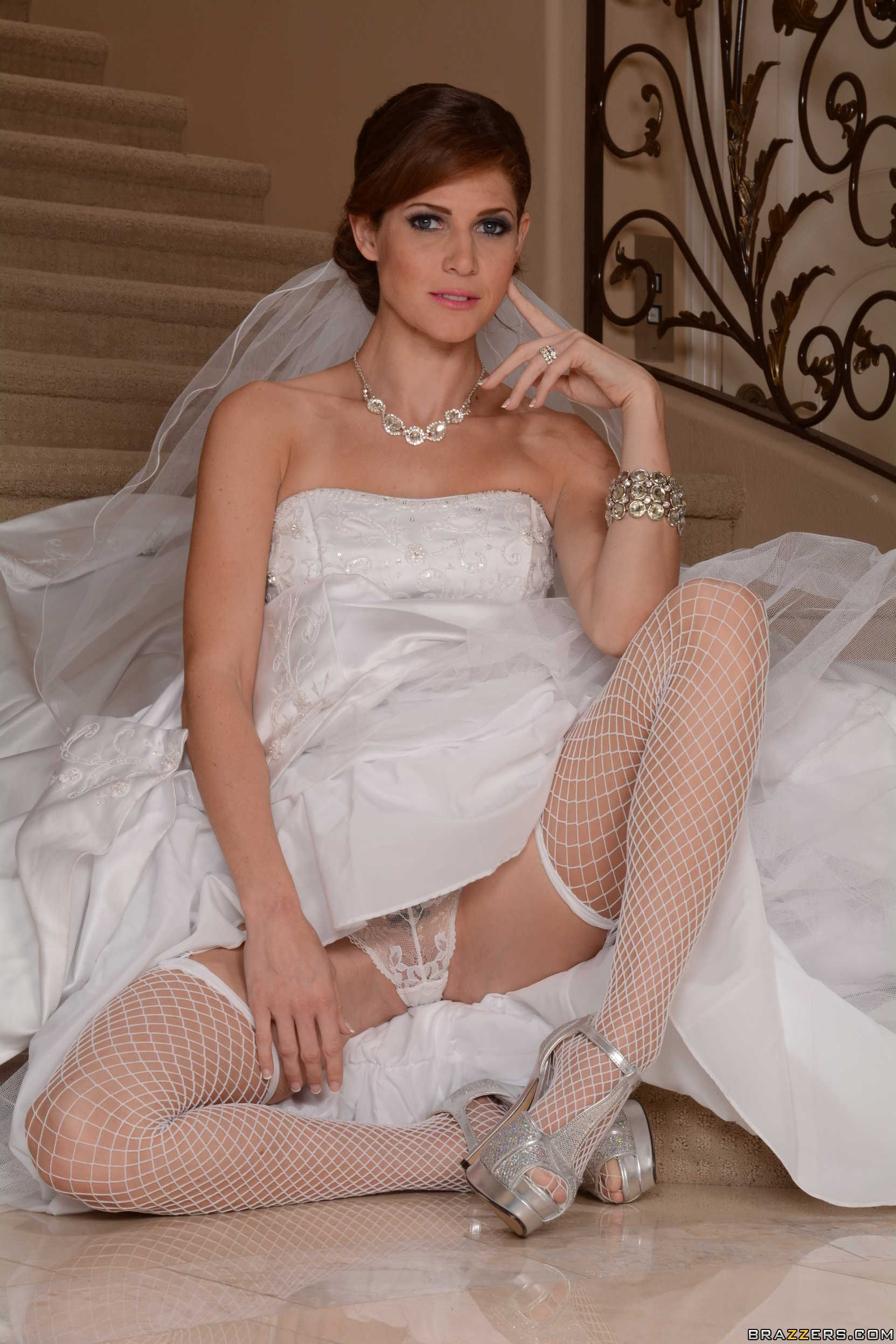 Jenni lee the wedding photographer