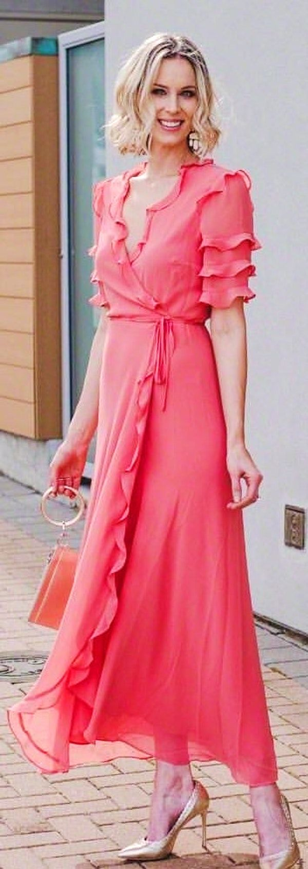 Formal pink dresses for women   Cute Spring Outfits To Copy Now  Pink dresses Spring and Woman