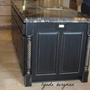 Delicieux Black Distressed Kitchen Islands