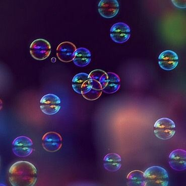 Fun with bubbles! #dailypractice #dailyphoto #yogaofart #bubbles #summerfun #mycreativelife #myvermontlife #stowevt #vtpixels #igvermont #lifeisgood