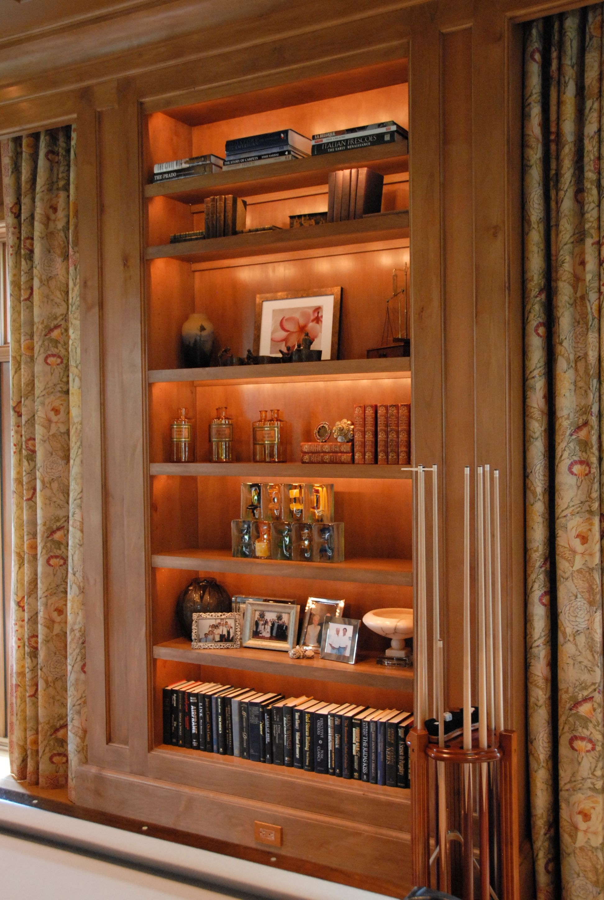 Display cabinet lighting home design ideas and pictures cabinet lighting fixtures for shelf light systems u0026 display lights arubaitofo Images