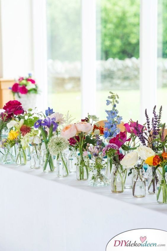 Rien ne soppose à un mariage de printemps avec ces idées de décoration DIY  Mariage de printemps mariage de printemps idées de décorati...