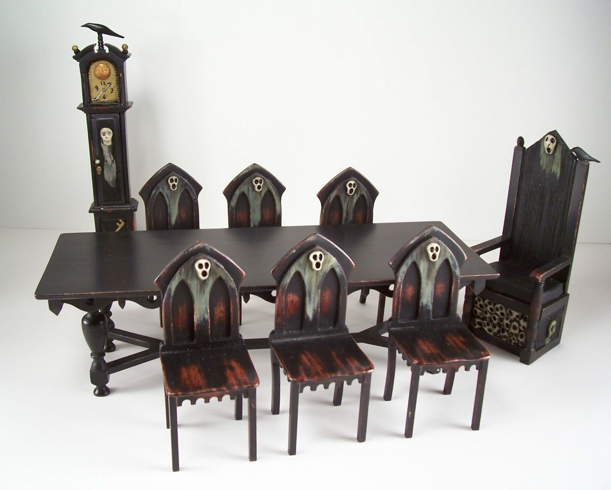 ooak miniature dollhouse spooky gothic medieval table 6 chairs 2 diorama miniaturen. Black Bedroom Furniture Sets. Home Design Ideas