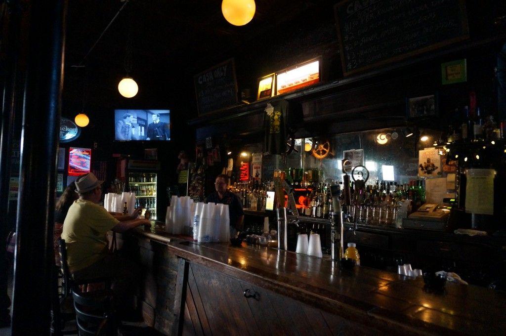 Gonola Top 10 New Orleans Best Dive Bars Gonola Com Dive Bar New Orleans Nightlife Orleans