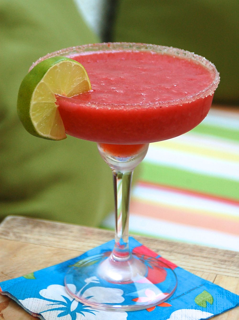 The best frozen strawberry margarita cocktail recipe this for Tea and liquor recipes