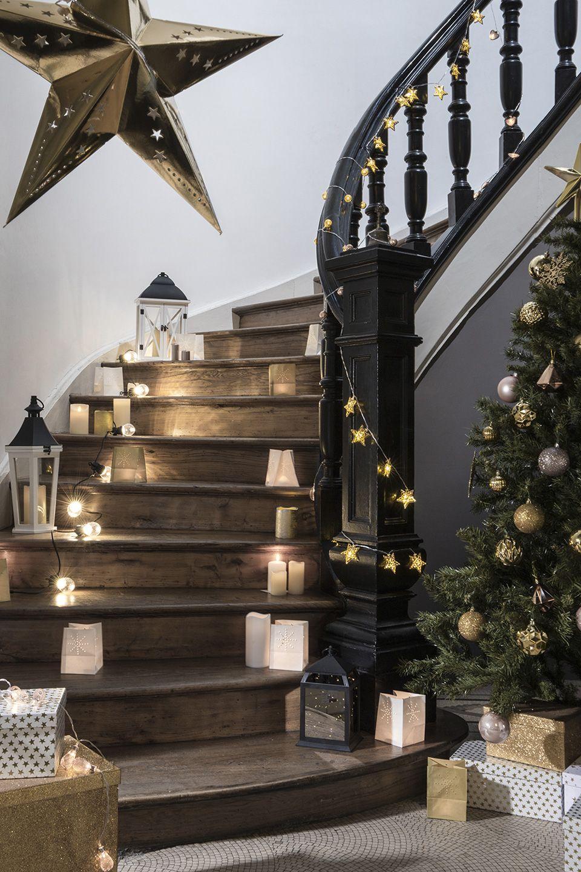 Sky Lantern Idee Deco Noel Escalier Bois Design Rambarde Also Les  Decorations Lumineuses De Pour Rh
