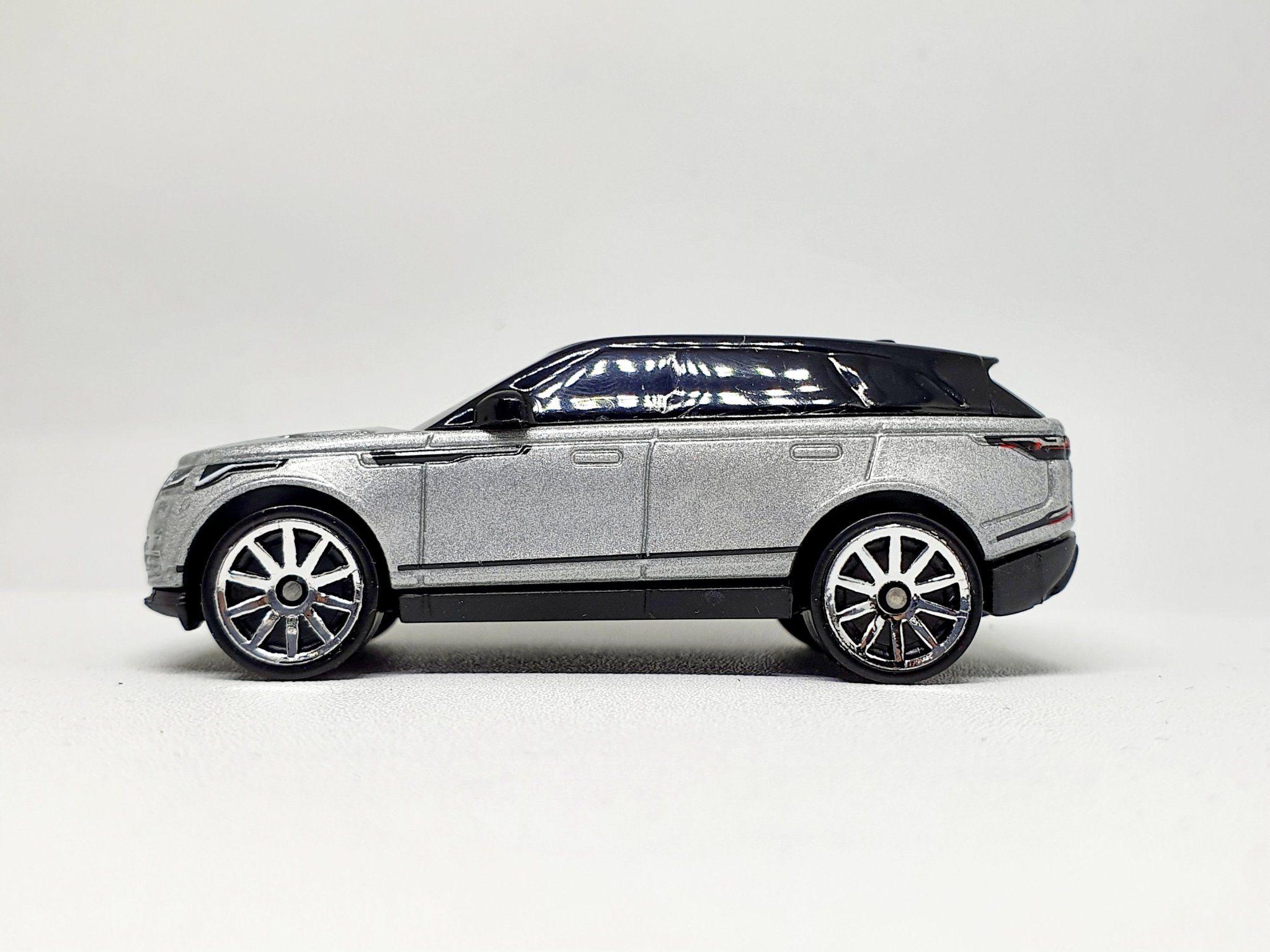 Hot Wheels 2020 Range Rover Velar In Silver Diecastgraphy Mobil Range Rover Hot Wheels Range Rover