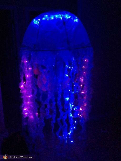 Jelly Fish - Halloween Costume Contest at Costume-Works Carnavales