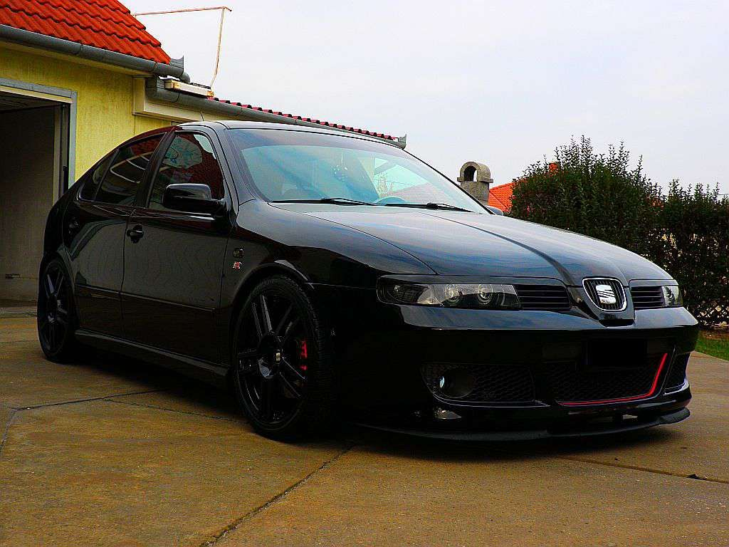 n zd meg cupra r seat leon cupra r tuning aut j nak. Black Bedroom Furniture Sets. Home Design Ideas