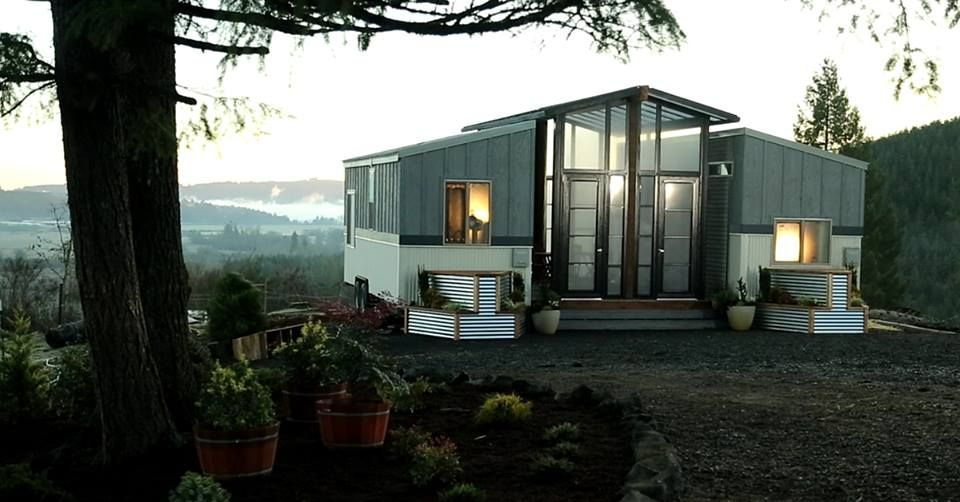 "Tiny Houses Meet the ""Ohana House"" Tiny house exterior"