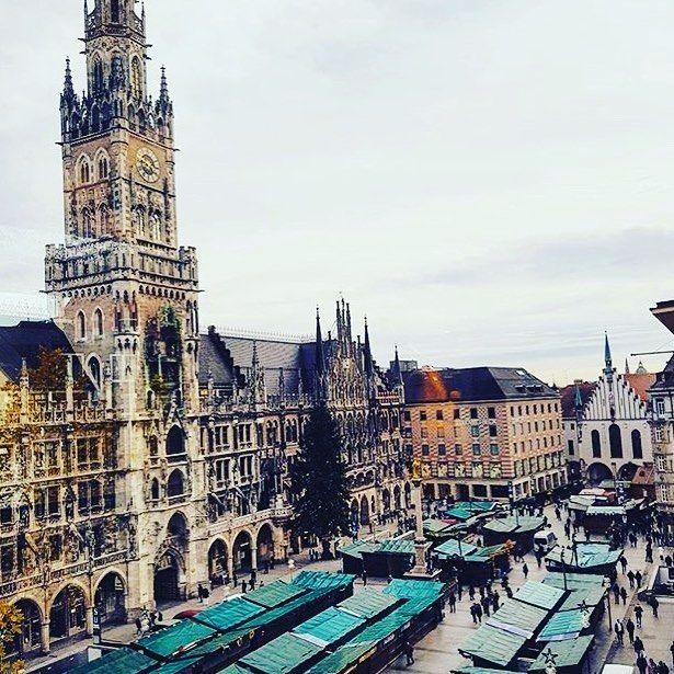 Gefallt 1 517 Mal 15 Kommentare Munich Lifestyle Munichlifestyle Auf Instagram Marienplatz Munchen Mun Leaning Tower Of Pisa Leaning Tower Munich