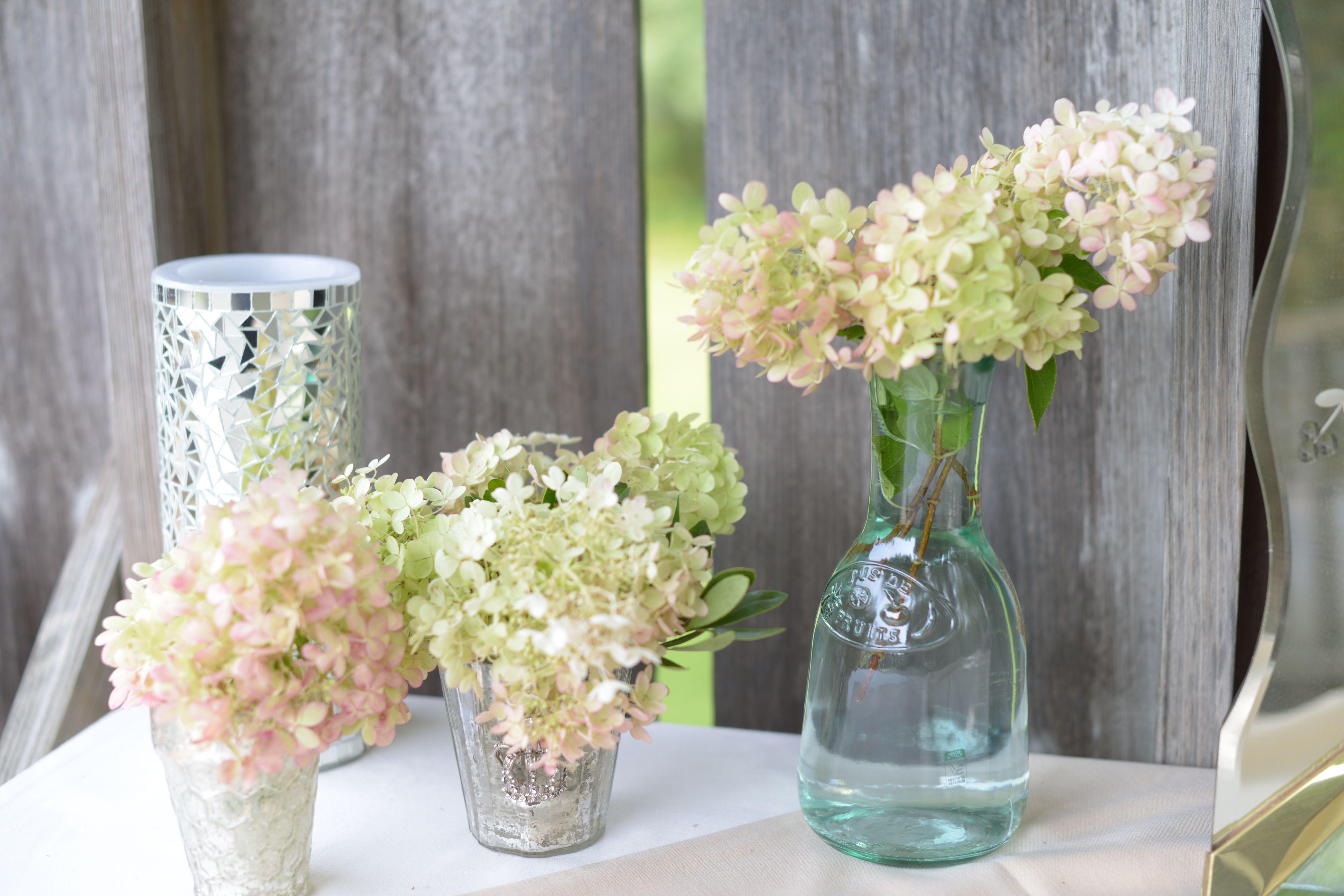 Hydrangeas everywhere!! Hydrangea, Glass vase, Wedding