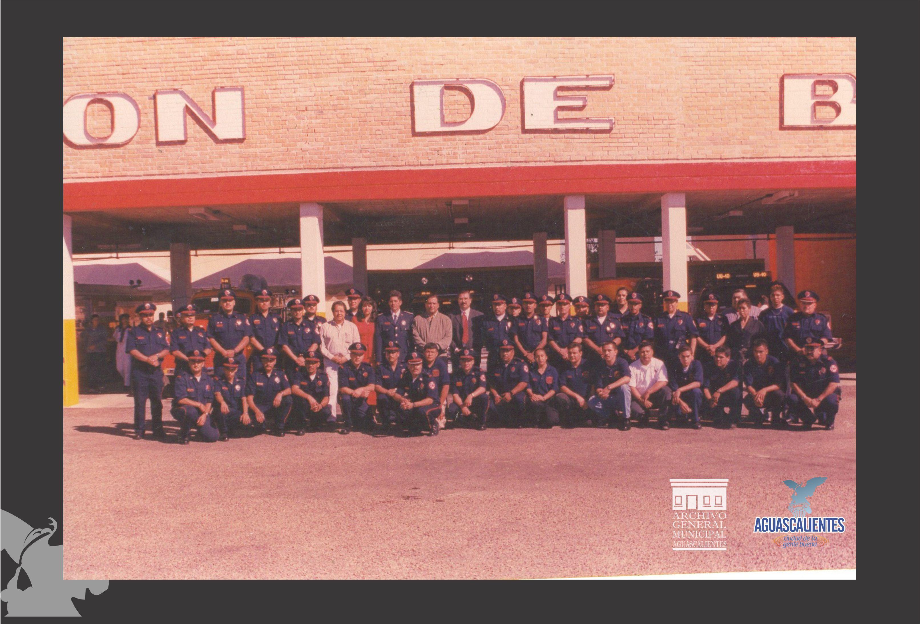 Cuerpo de Bomberos 1992.-Fondo Archivo General Municipal.