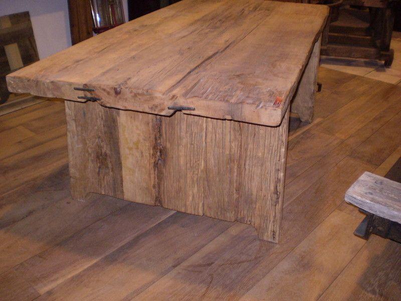 Table en vieux bois | TABLES | Pinterest | Tables