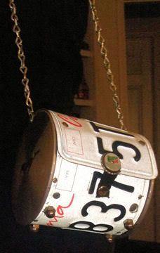 License plate purse tut