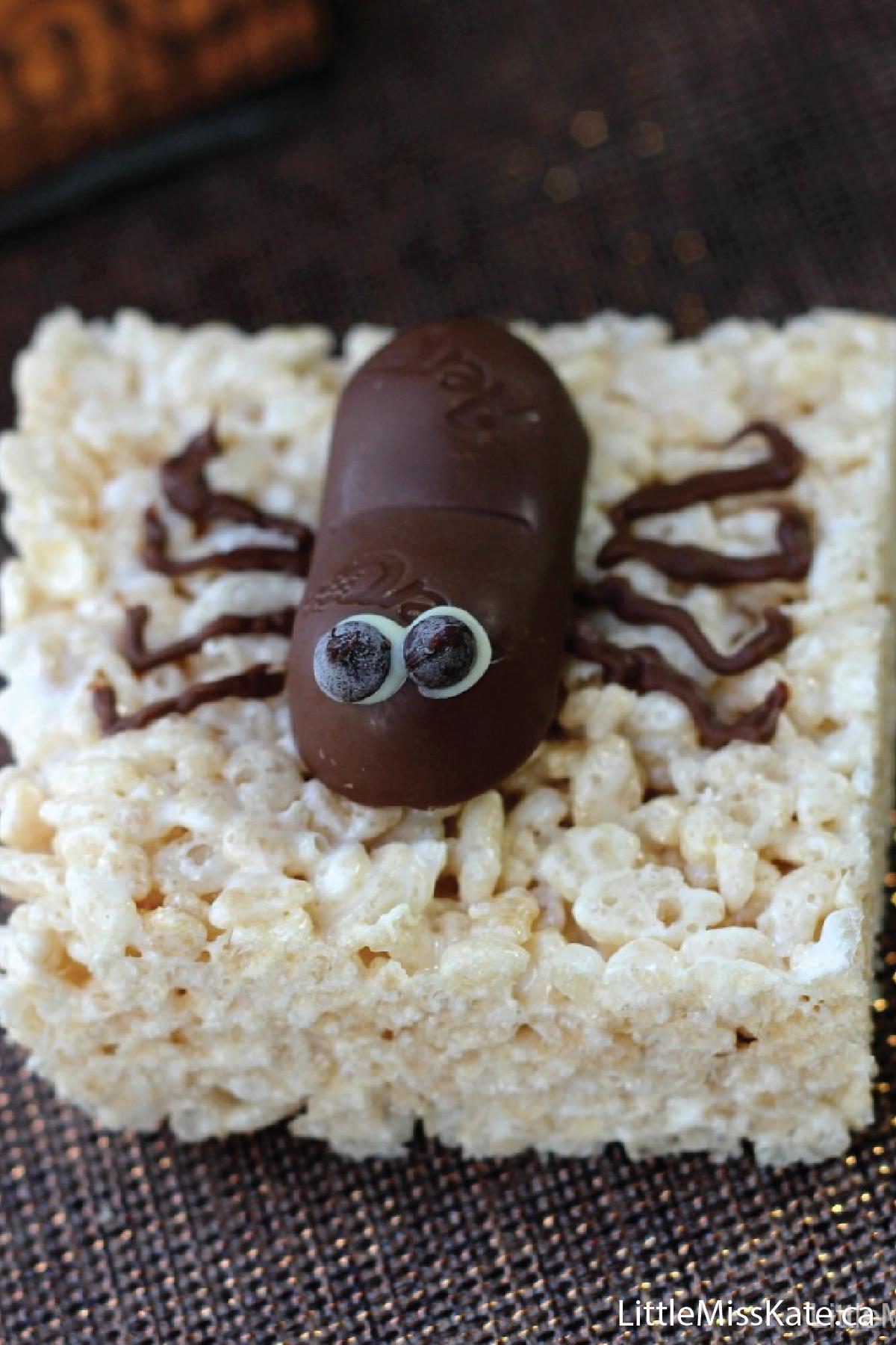 spooktacular spider halloween treats recipe pinterest chocolate decorations rice krispies treats and rice krispies