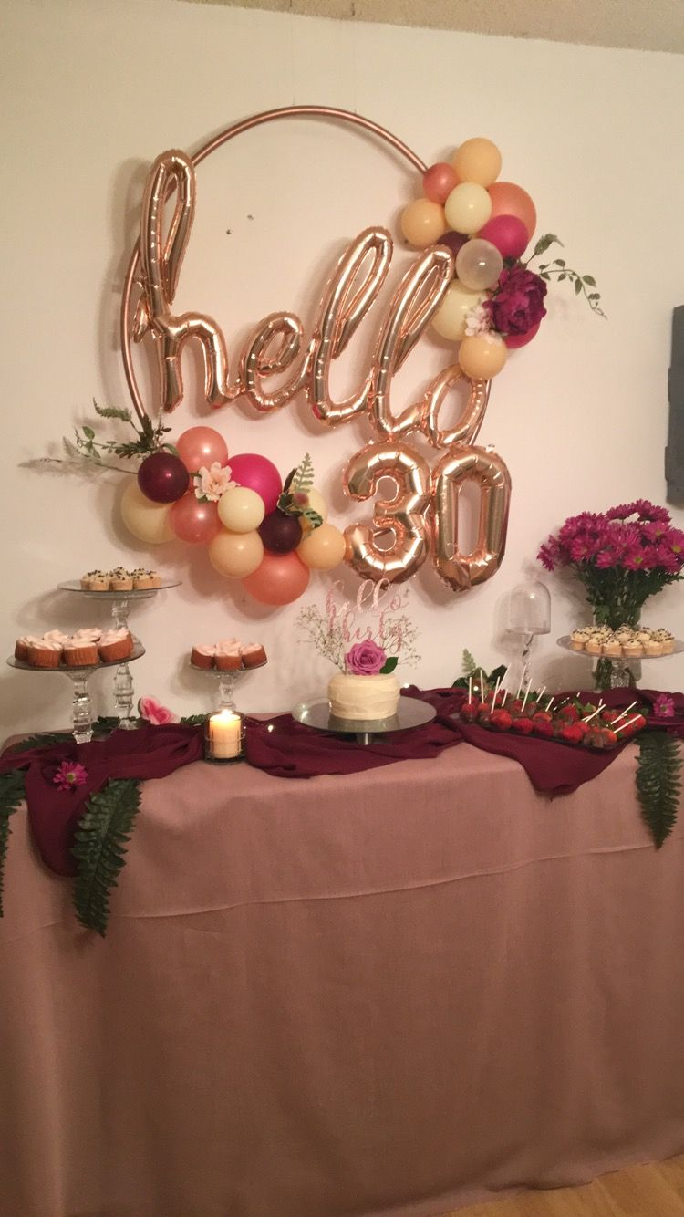 DIY rose gold hula hoop wreath 30th birthday decorations