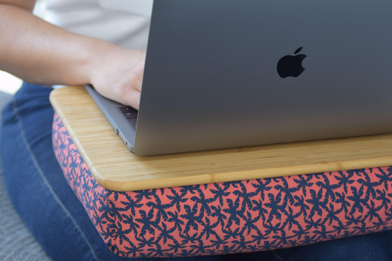 Bambus Laptoptisch Die Alternative Zu Starren Halterungen