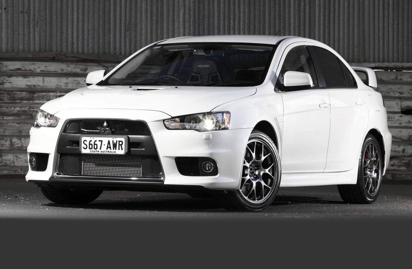 mitsubishi lancer evolution fast cars