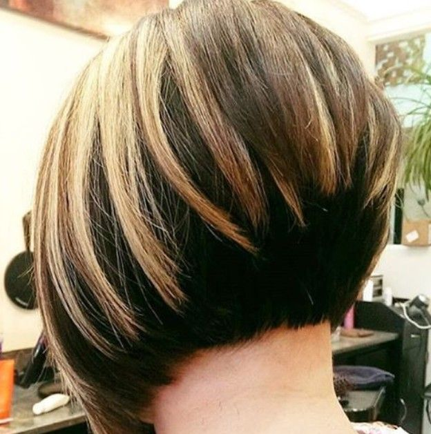 22 Cute Graduated Bob Hairstyles Short Haircut Designs Popular Haircuts Graduated Bob Hairstyles Stacked Bob Hairstyles Short Hair Styles