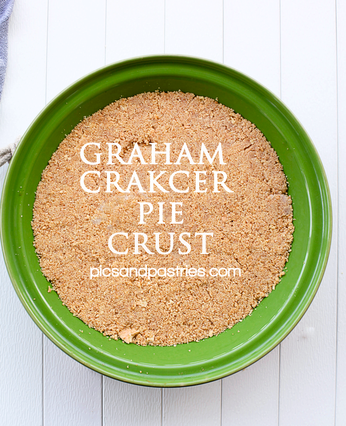 A delicious and easy homemade graham cracker crust that can be used for all your homemade pies. #homemadegrahamcrackercrust A delicious and easy homemade graham cracker crust that can be used for all your homemade pies. #homemadegrahamcrackercrust
