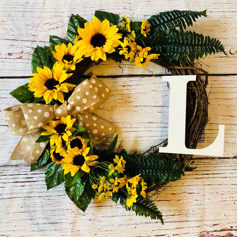 Photo of Monogramm Sonnenblumenkranz, Monogramm Kranz, Sonnenblumenkranz, Sonnenblumendekor, P …