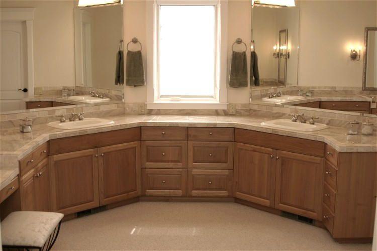 Multi Angled Bathroom Vanity And Make Up Table I Really Would Like This