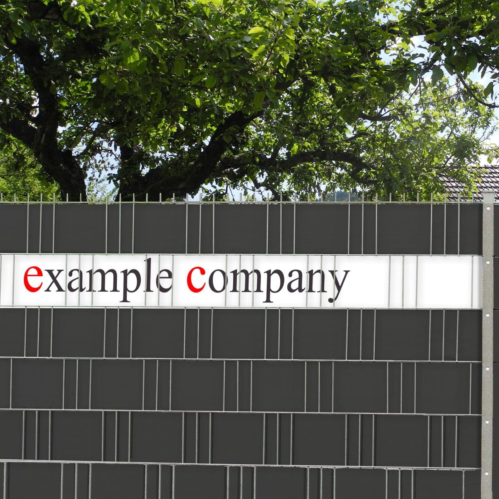 Logo Druck auf dem Sichtschutzzaun von M tec technology gedruckt