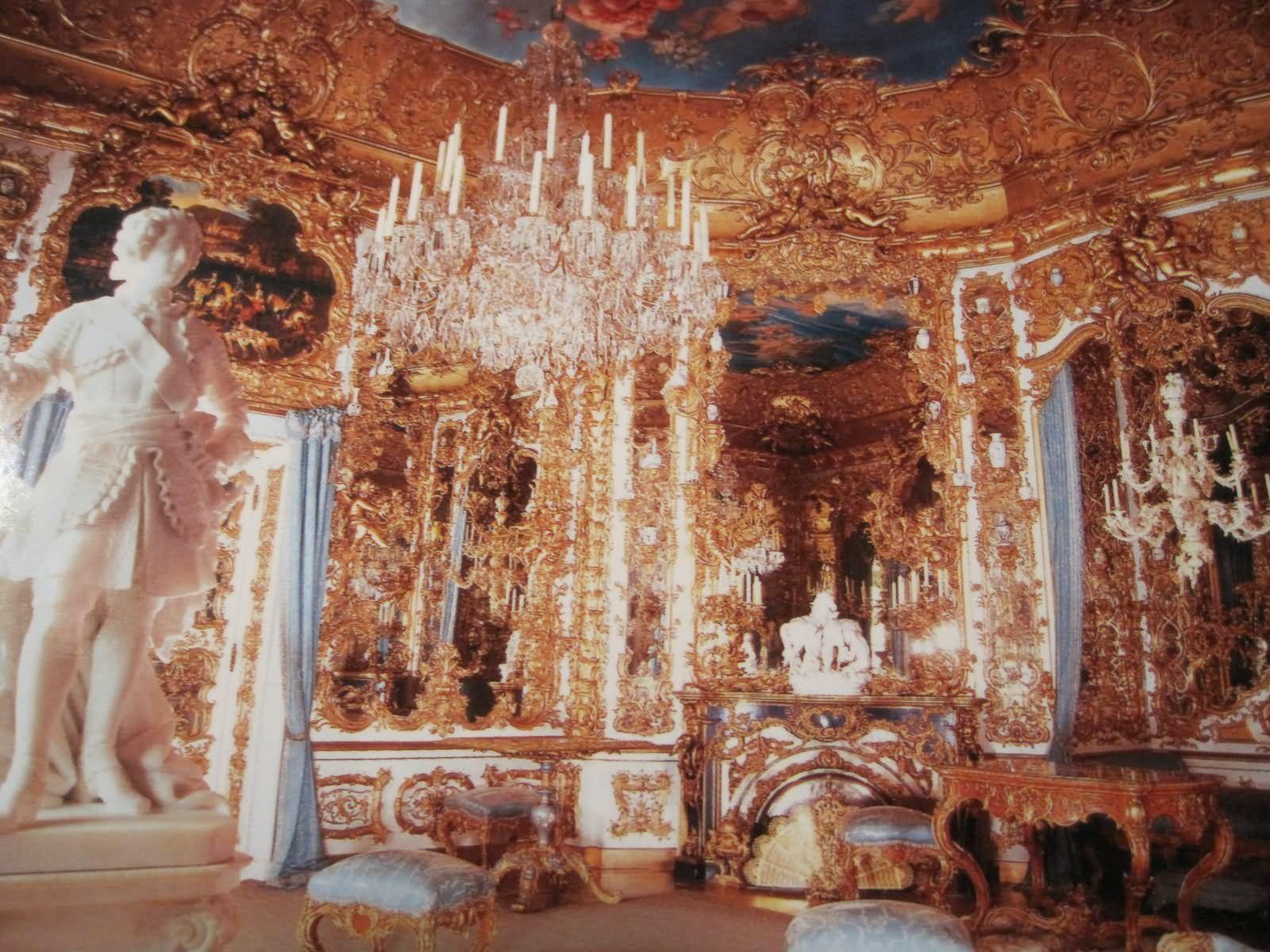 Schloss Linderhof Castle 30 Most Beautiful Interior Pictures Of The Linderhof Palace Linderhof Palace Inside Castles Beautiful Interiors