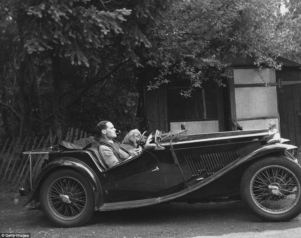 WW Hero Sir Douglas Baders MG Sports Car Goes On Sale For - Sports cars 80 000