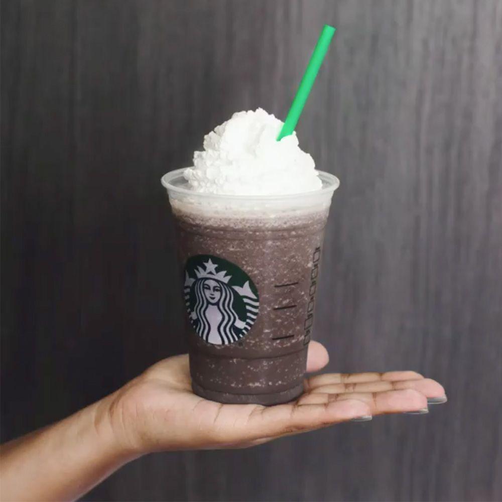 Starbucks' New Merry Strawberry Cake Frappuccino Is