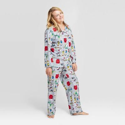 Women's Peanuts Holiday Flannel Pajama Set Gray at Target