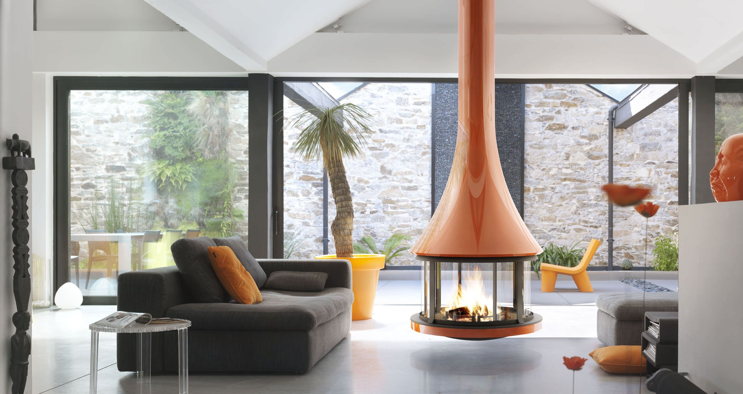 Deluxe Modern Interior Design Electric Fireplaces Indoor Fireplaces Gas Fireplaces Fireplaces Heater Modern Portable Fireplaces Smal In 2019 Hanging Fireplace Contemporary Fireplace Designs Retro Interior Design