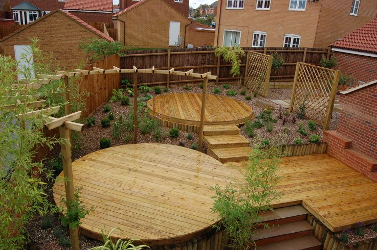 how to build a curved deck path
