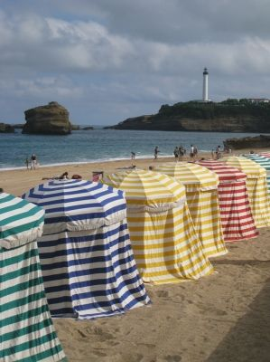 Pin By P Tfiction On Cabines De Plage Beach Huts Beach Hut Beach Cabana Biarritz