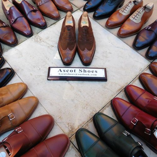 http://chicerman.com  ascotshoes:  A pair of Vass taking centre stage in the Coliseum. Envied by the other gladiators. I Ascot Shoes is a British based shop specialising in hand made Vass Shoes. Email Sammy for advice on Sizing Fitting & Made To Order Prices  - - - - - -  Ascotshoes@outlook.com  #sartorial #menswear #shoegazing #shoeporn #saintcrispin #jmweston #johnlobb #ascotshoes #edwardgreen #englishshoes #corthay #horology #dandy #gazianoandgirling #bespoke #dapper #theshoesnob #santoni…