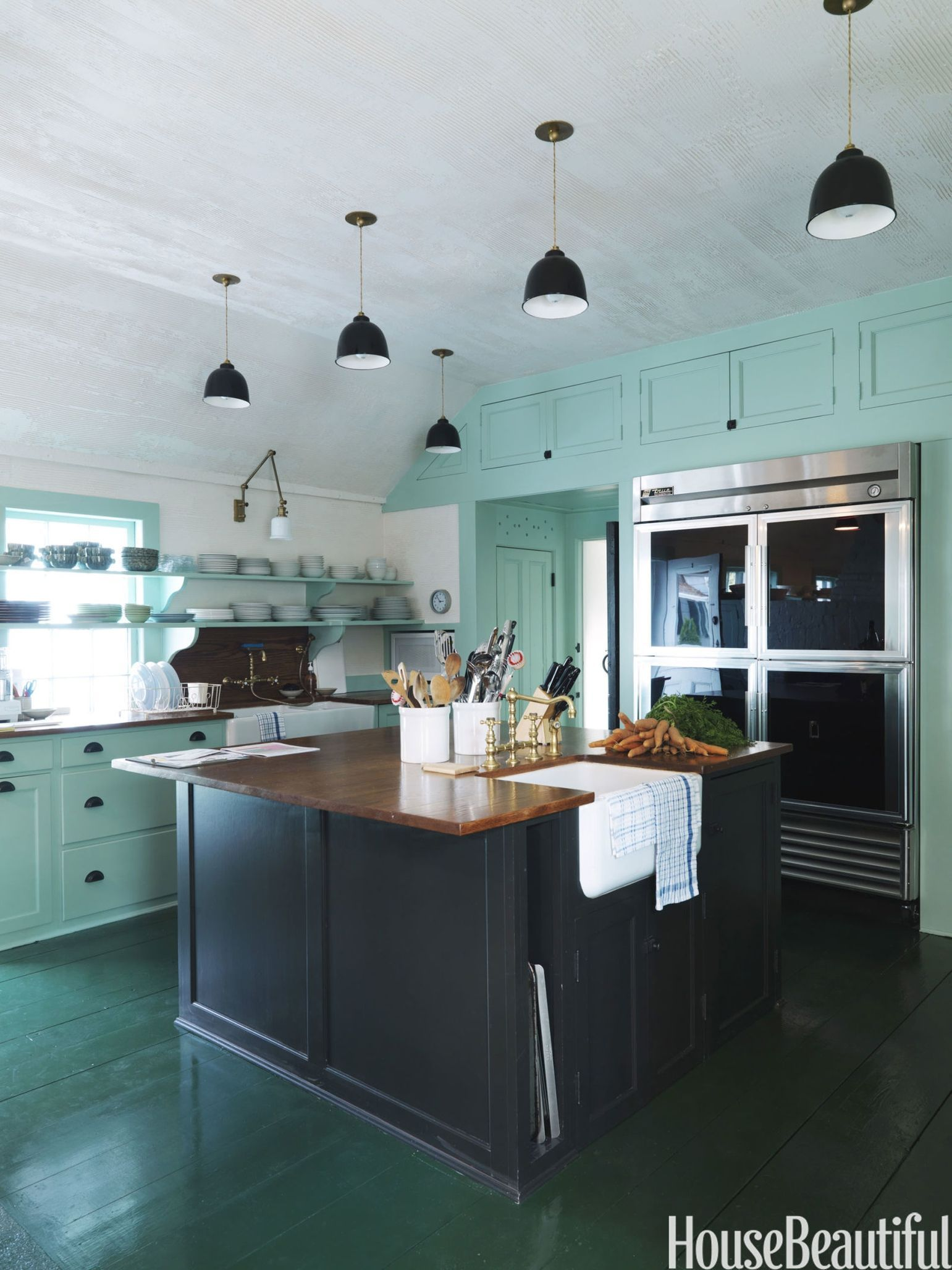 12 Mint Rooms That Feel So Fresh | Mint rooms, Kitchen installation ...