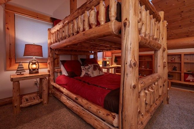 Celebrity Homes: Inside Santa Claus's North Pole Cozy Home | #celebrityhomes #celebritynews #celebrityhouses #santa #christmas | See also: http://www.celebrityhomes.eu/