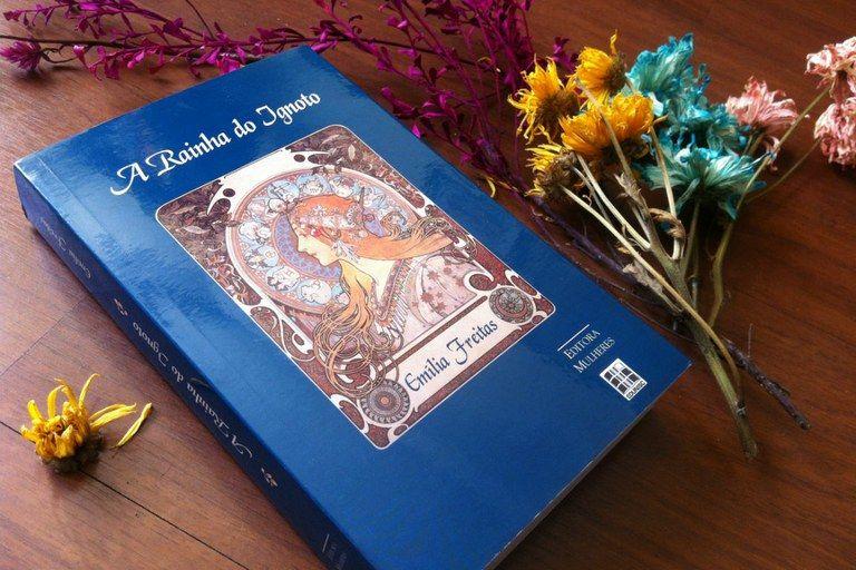O livro Rainha do Ignoto