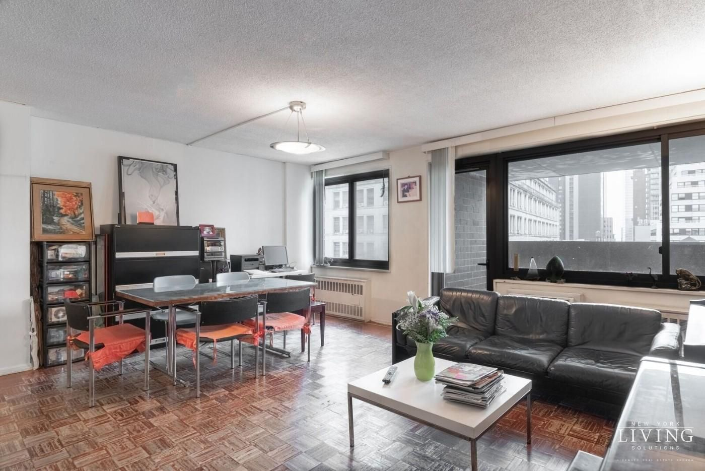 For Sale Residential 2 Bed, 1 Bath in New York, NY Huge