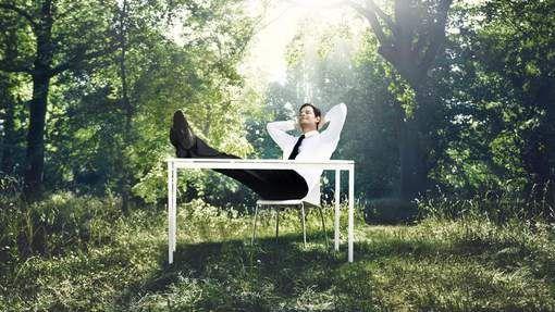 Stress, te hoge werkdruk, burn-out,... Steeds meer mensen krijgen ermee te maken. Maar toch kan je zelf iets ondernemen om te vermijden dat de ...