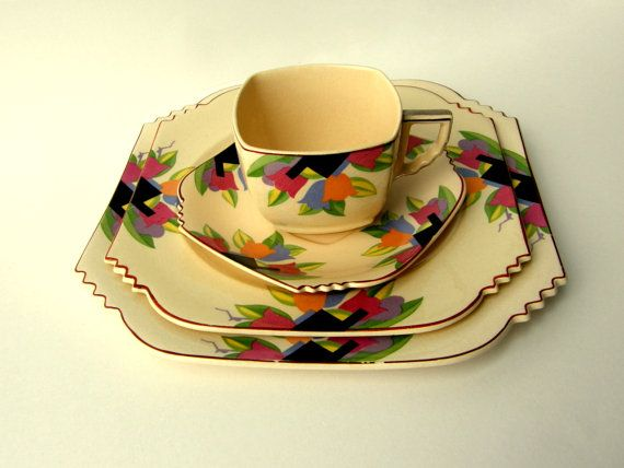 Art Deco Dinnerware Sets | High Art Deco 1920s Sienna Ware Floral Service for 4 Dinnerware 24 Pcs
