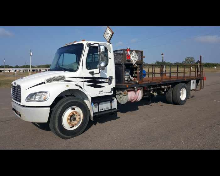 2007 Freightliner Business Class M2 106 18ft Flatbed With Liftgate 27500 Http Www Afetrucks Com Heavy Duty Trucks Trucks For Sale Truck Flatbeds Trucks